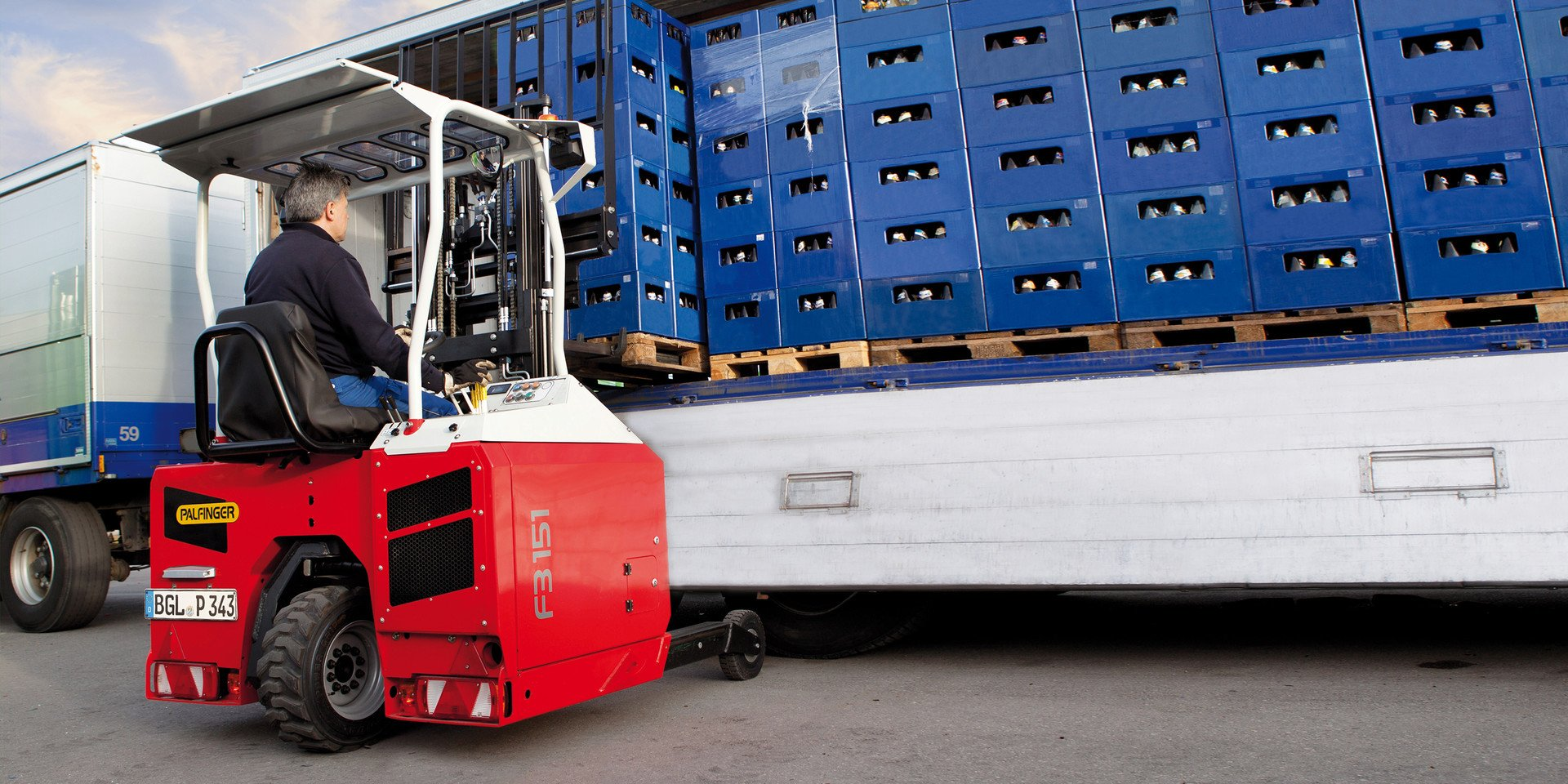 Diesel and electric forklifts and telehandlers