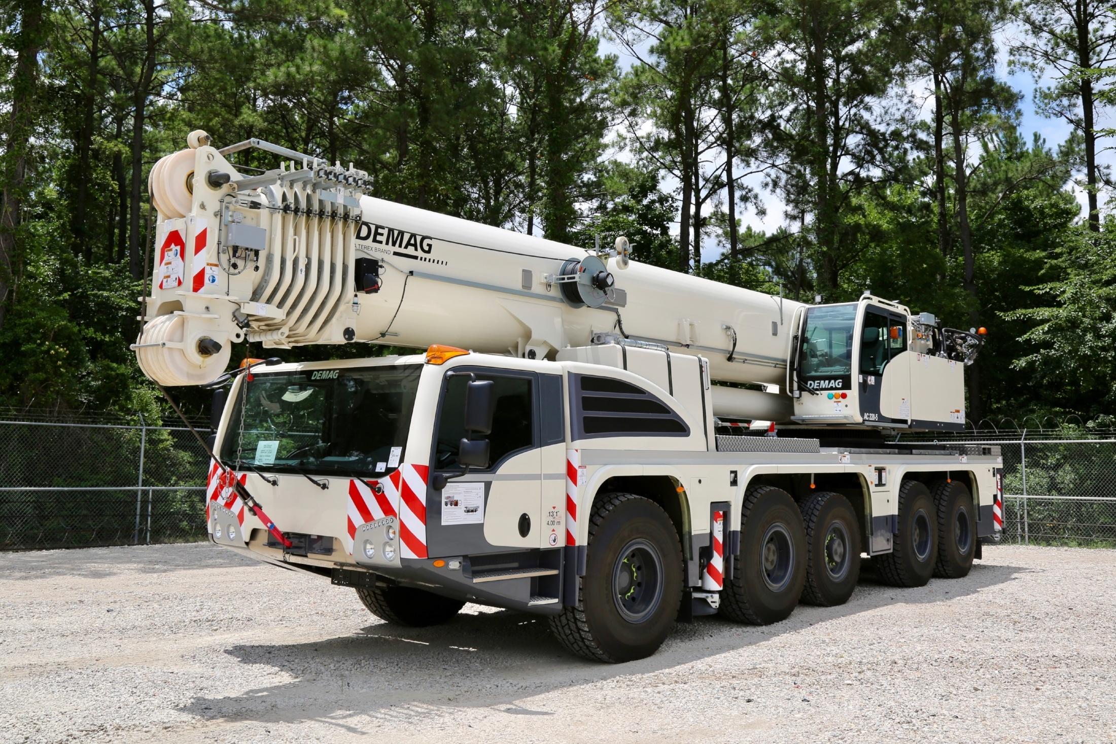 CraneWorks Demag AC 200-5 all terrain crane