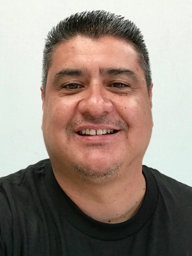 Robert Magana, Bakersfield Branch Manager