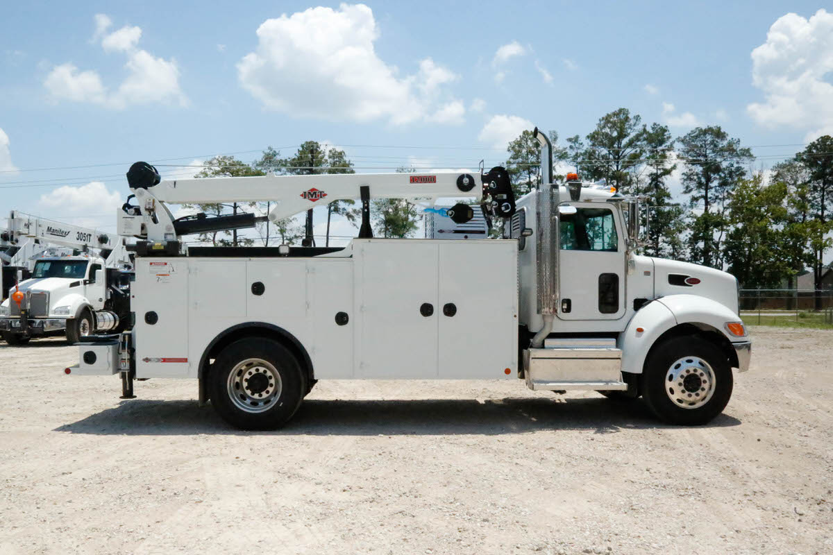 IMT 12000 with Dominator III service body 7