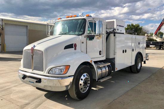 imt-12000-dominator-iii-service-truck