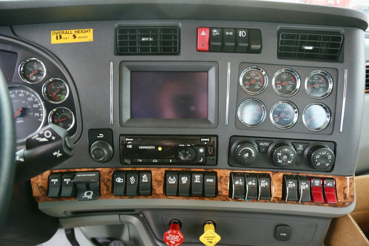4E2A3412