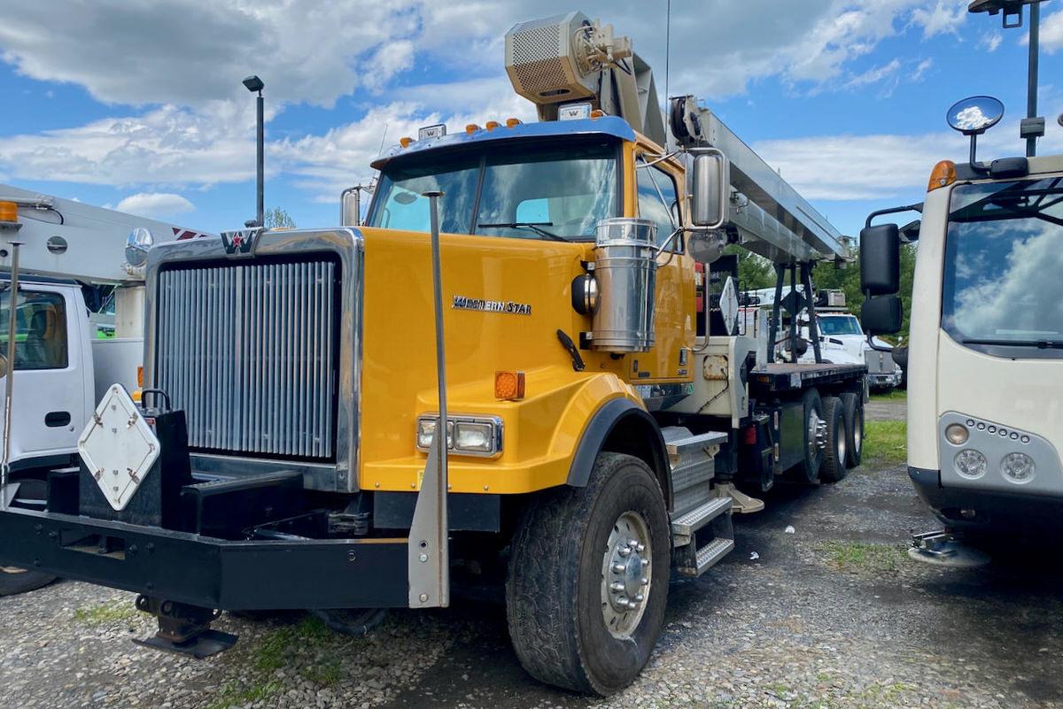 Used 2017 National 14127H boom truck on Western Star 4700SB #BM-3484