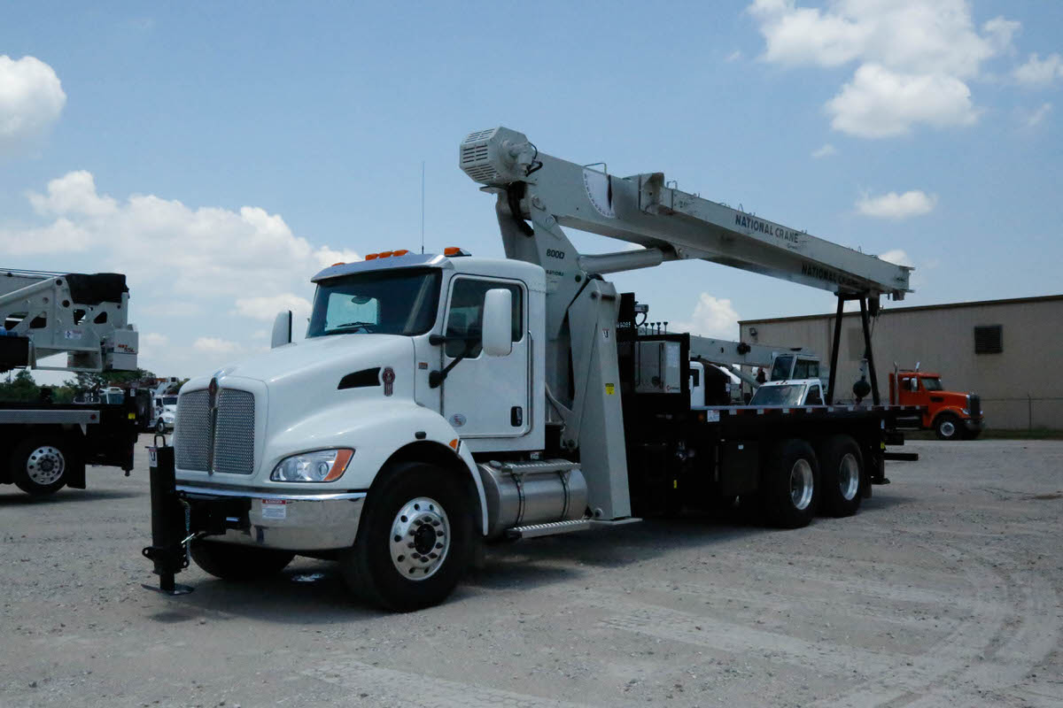 New National 8100D 23-ton boom truck for sale on Kenworth T370 chassis #BM-3622