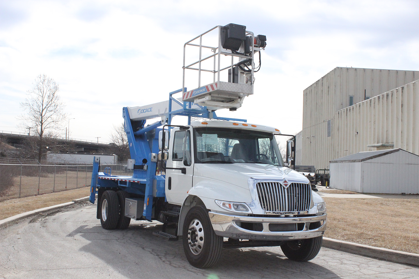 New Socage 72TW aerial lift for sale on International 4300SBA chassis Front