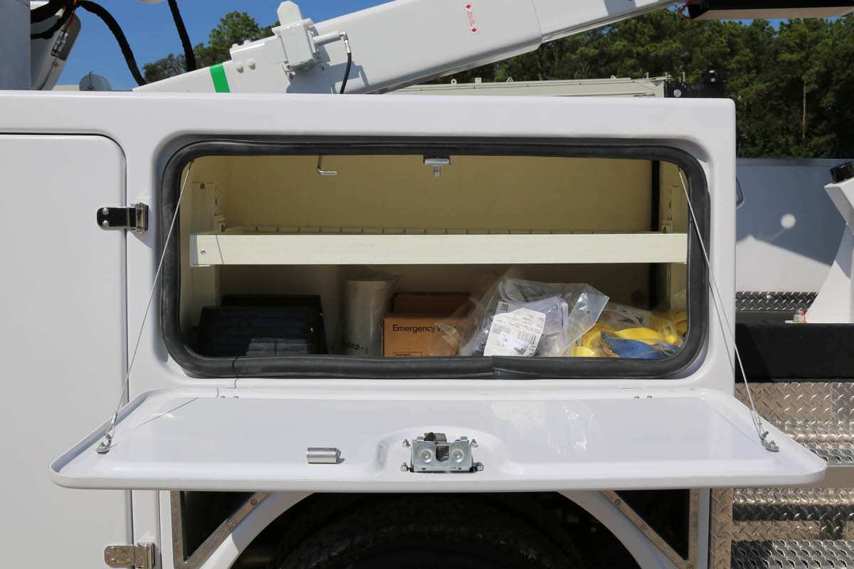 Versalift VST-40-MHI 9